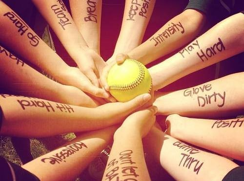 Welcome to your source for all things women's softball